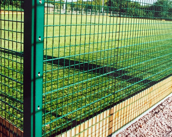 Civic mesh with rebound facility for multi use sports